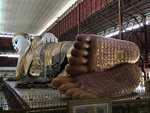 Statut doudha couché Mianmar