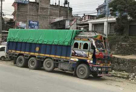 camion Népalais